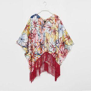 Kimono Corto Flecos Floreado Guinda
